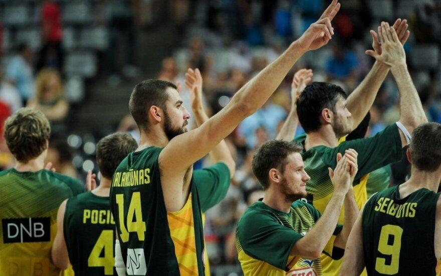 Sugėdino lietuvių krepšininkus: taip rėžia ausį, kad norisi užsikimšti