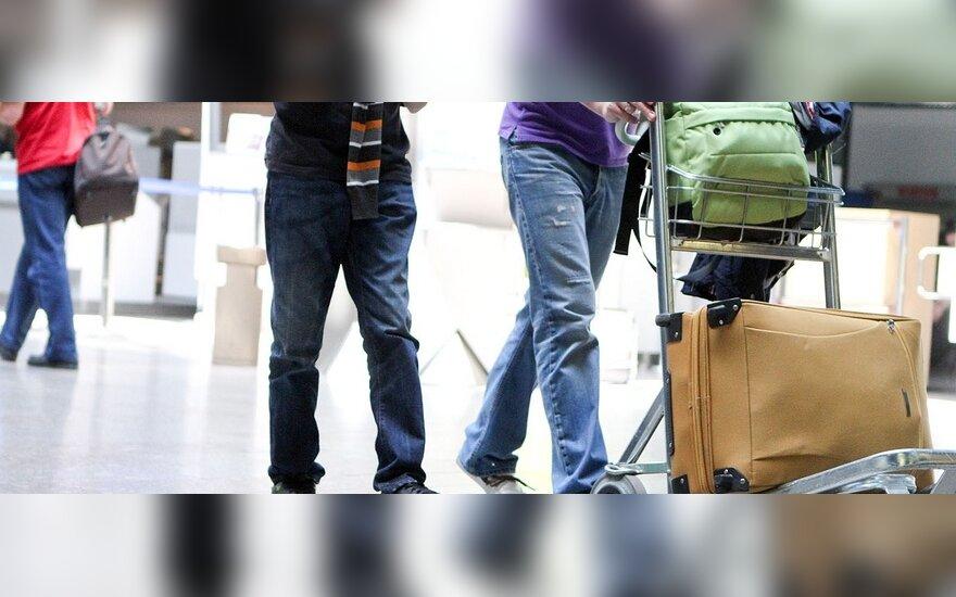 """Pasaulio lietuviai: vietoj pilietybės siūlomas """"lietuvio pasas"""" neatstotų tikro dokumento"""
