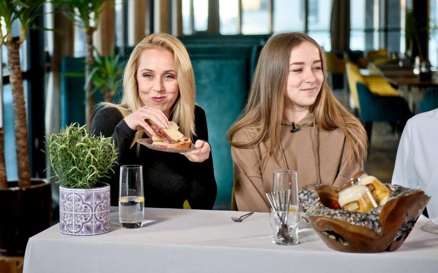Ineta Stasiulytė su dukra Upe