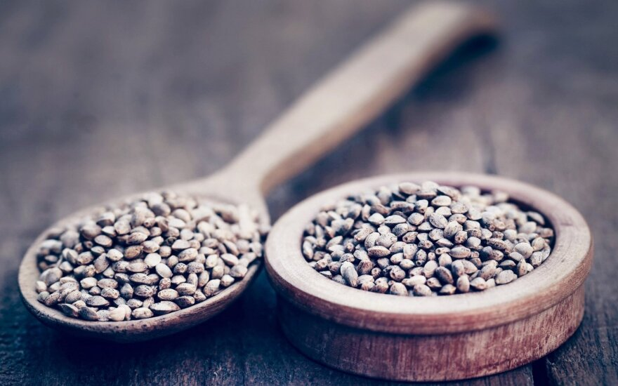 Mažos sėklos didelė nauda sveikatai: saugo širdį ir pilvą