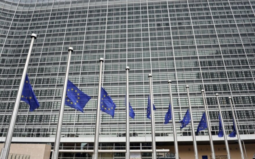 EK siūlo, kaip didinti ES bankų atsparumą