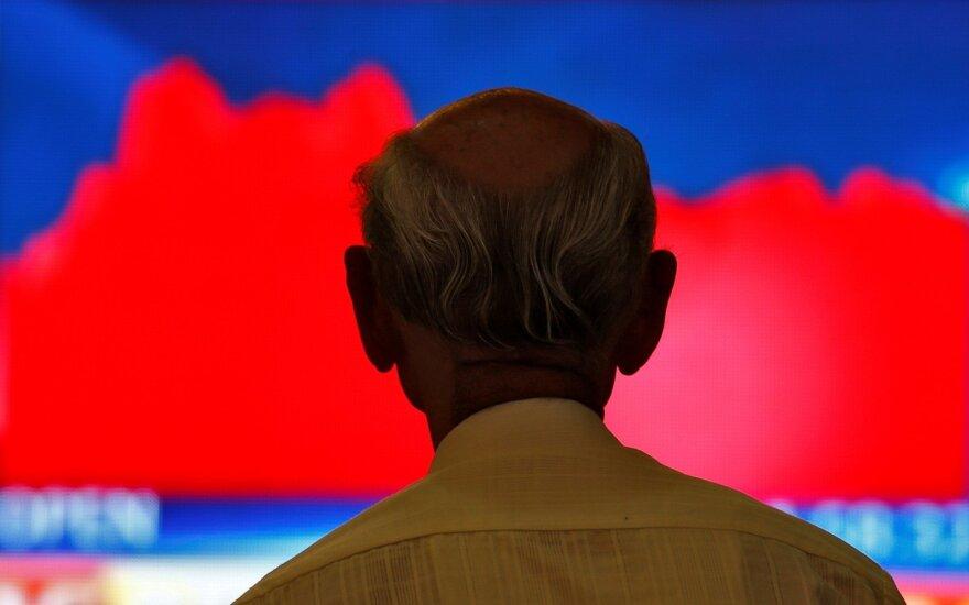 """""""Biržos laikmatis"""": krentant naftos kainai, žemyn patraukė ir akcijų indeksai"""