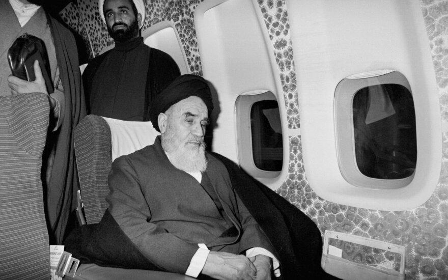 Ruhollah Khamenei grįžta į Techeraną 1979 m.
