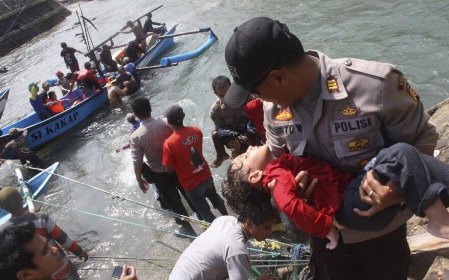 ES nori organizuoti didelę gelbėjimo misiją po katastrofos prie Lampedūzos