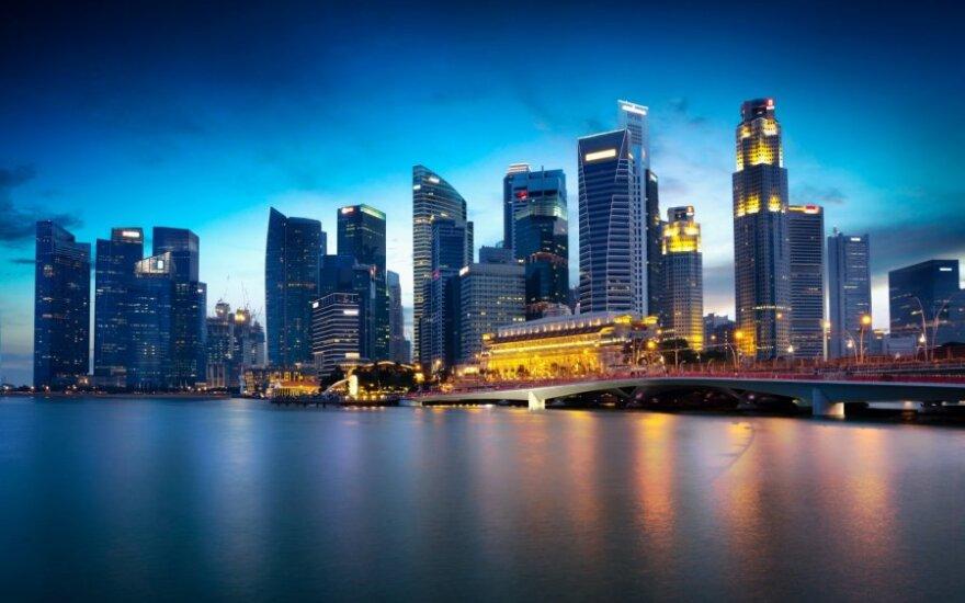 Singapūras sugalvojo naują gelbėjimosi nuo automobilių planą