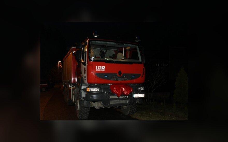Vilniuje per gaisrą mediniame name žuvo dvi moterys
