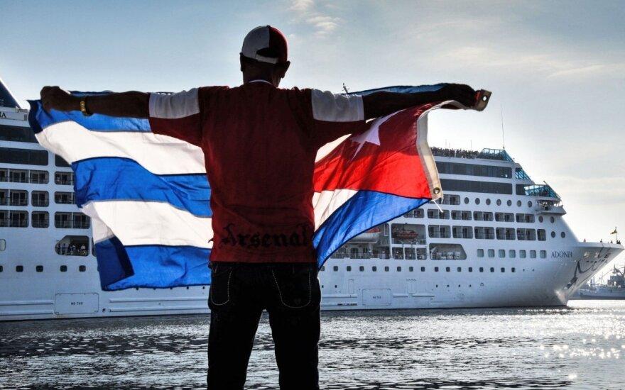 Kanada išsiunčia namo savo diplomatų Kuboje šeimos narius