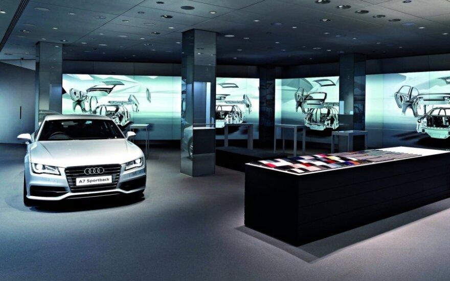 Audi salonas