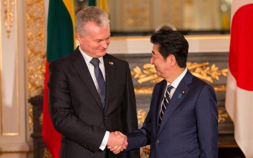 Gitanas Nausėda susitiko su Shinzo Abe / R. Danilevičiaus nuotr.