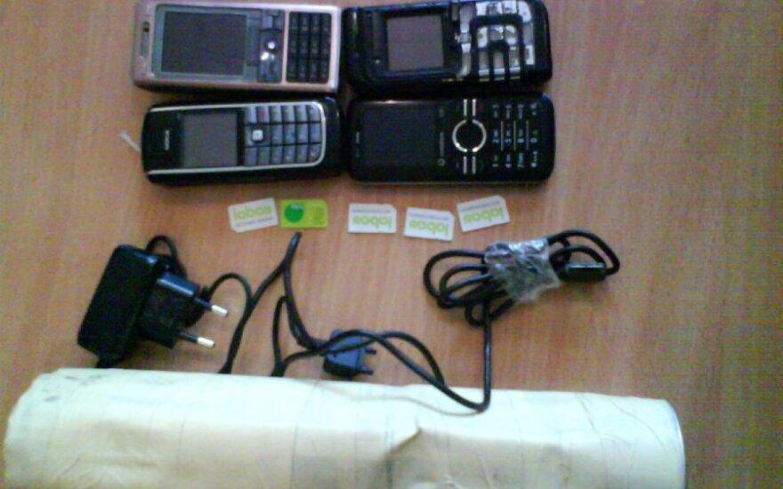 Telefonai Marijampolės pataisos namuose, aociatyvi nuotr.
