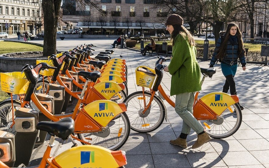 Orange Bicycles return to Vilnius Streets.   Photo © Ludo Segers @ The Lithuania Tribune