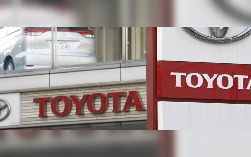 """Problemų """"Toyota"""" elektronikoje nenustatyta"""