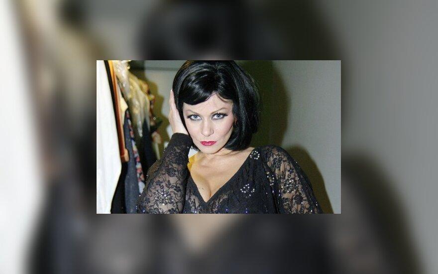 Numesti penki kilogramai Vaidai Genytei leido sužibėti seksualumu (FOTO)