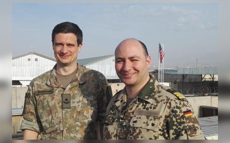 Irmantas Grubinskas (kairėje) misijoje Afganistane