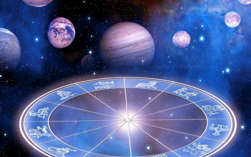 Astrologė L. Žukienė: kiekvienas atsinešame savo vidinį žemėlapį