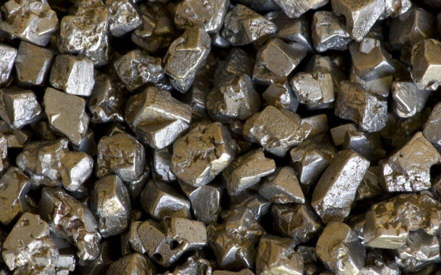 Platinos kristalai