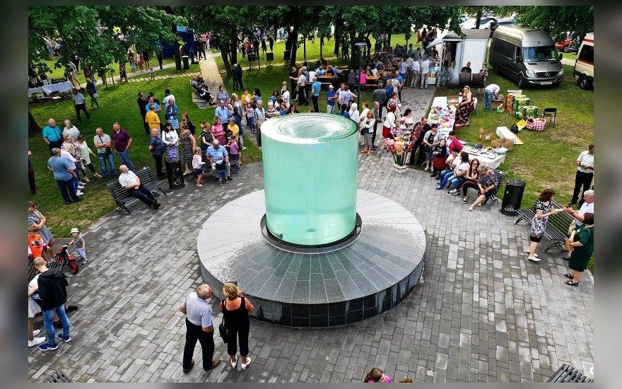 Vienas unikaliausių fontanų Lietuvoje vėl veikia: siūlo ne vieną naujovę