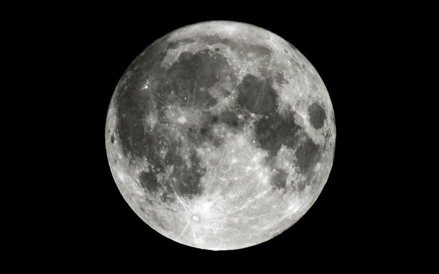 Žmonių sugrįžimas į Mėnulį iki 2024-ųjų yra įmanomas, bet reikės pasinaudoti gudrybe