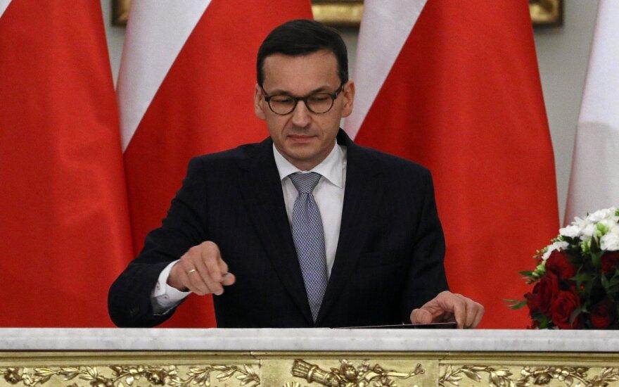 Lenkijos premjeras atšaukė vizitą į Izraelį dėl Netanyahu komentarų apie Holokaustą