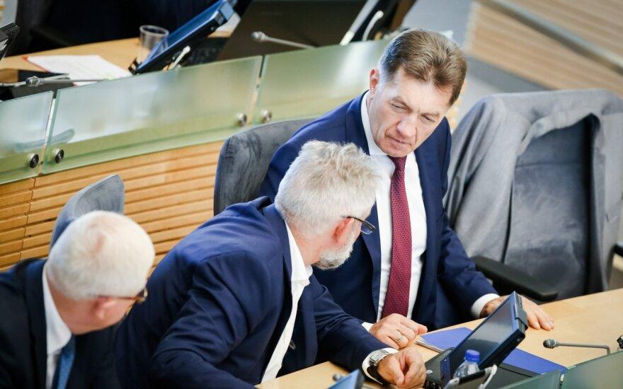Seimo buldozeris pervažiavo D. Grybauskaitės veto Darbo kodeksui