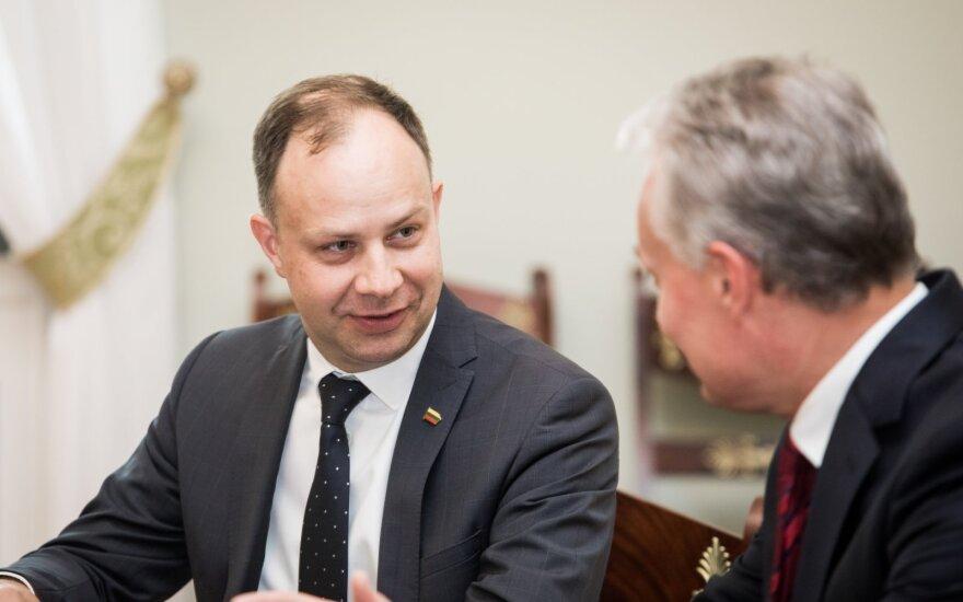 Aurelijus Veryga, Gitanas Nausėda