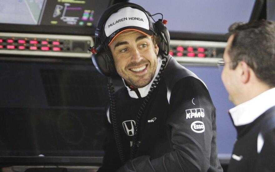 F. Alonso leista dalyvauti Kinijos GP treniruotėse