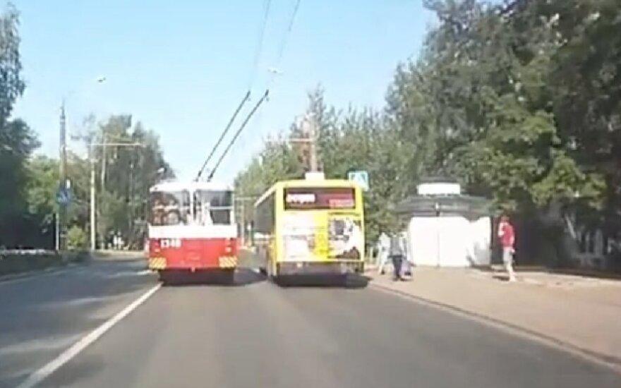 Troleibusas ir autobusas Rusijoje