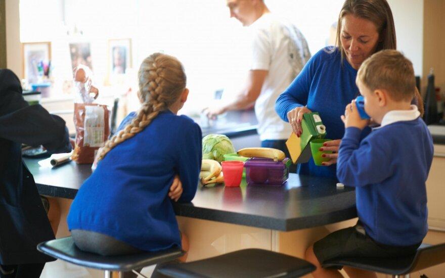 Gydytoja dietologė apie sveikesnę mitybą: kaip įtikinti vaiką nevalgyti saldumynų?