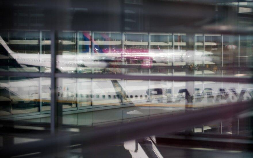 Laikinai stabdomas traukinių maršrutas į Vilniaus oro uostą