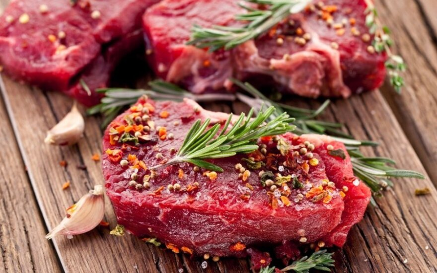 Lithuanian meat producers lose EUR 2.9m per month due to beef overstock