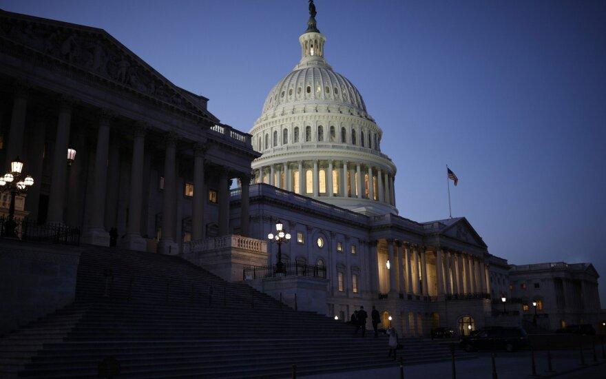 Rekordiškai ilgas JAV vyriausybės uždarymas tęsiasi 22-ąją dieną