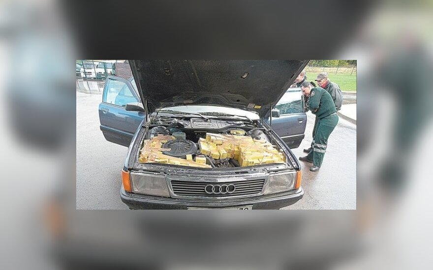 Perdirbti automobiliai – ištikimi kontrabandininkų tarnai