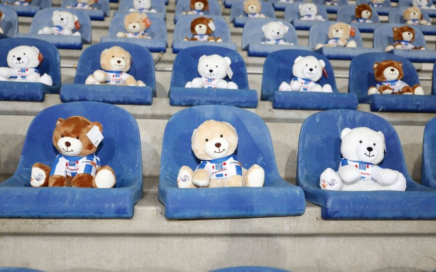 """Heerenveen"" komandos rungtynes stebėjo 15 tūkst. meškiukų"