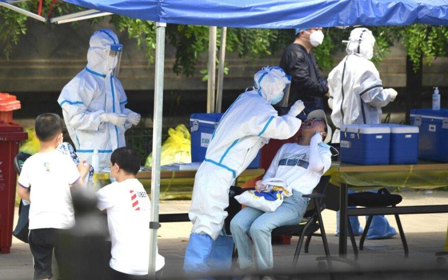 Australija kaltina Kiniją kurstant infodemiją dėl naujojo viruso