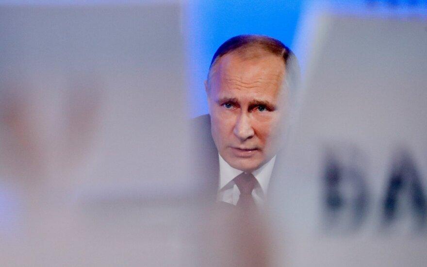 JAV senatoriai Vilniuje prabilo apie naujas sankcijas prieš V. Putiną ir jo artimų žmonių ratą