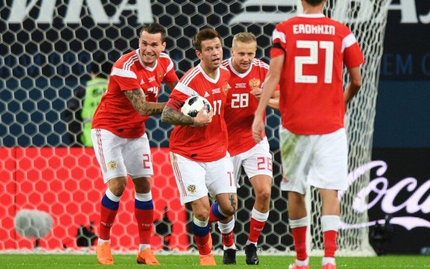 Dar viena nesėkmė: Rusijos rinktinė vėl praleido tris įvarčius