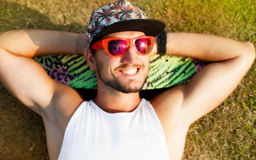 Vasarą pasitinkant: 5 stilingos aprangos detalės (FOTO)