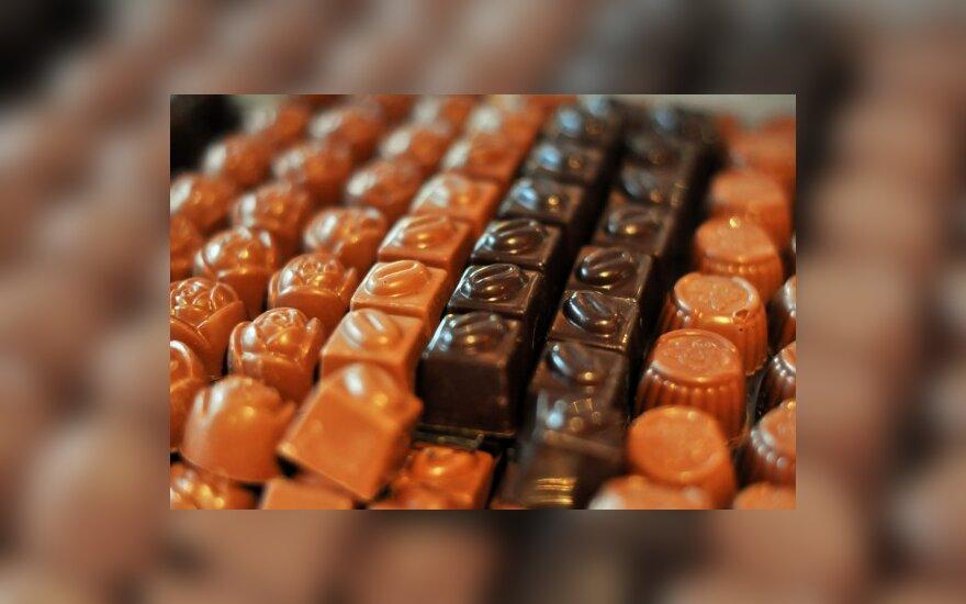 Nedidelis kiekis šokolado gali padėti mažinti cholesterolį