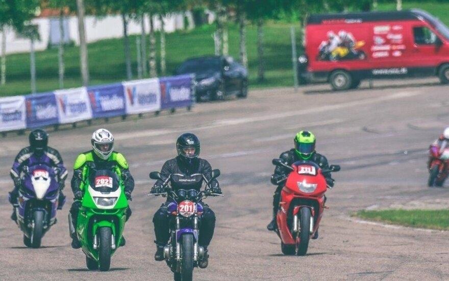 """Į """"Nemuno žiedą"""" grįžta nemokami mokymai motociklininkams"""