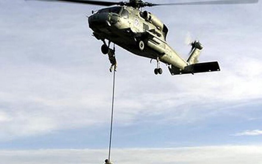 JAV karinis sraigtasparnis SH-60B