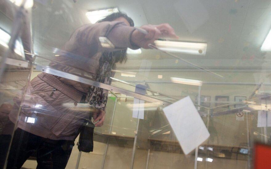 Lietuva ragina ES kovoti su dezinformacija, siekiant pasirengti parlamento rinkimams