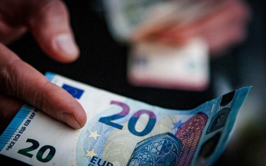 Pažadas didinti atlyginimus turi neskelbtą pusę