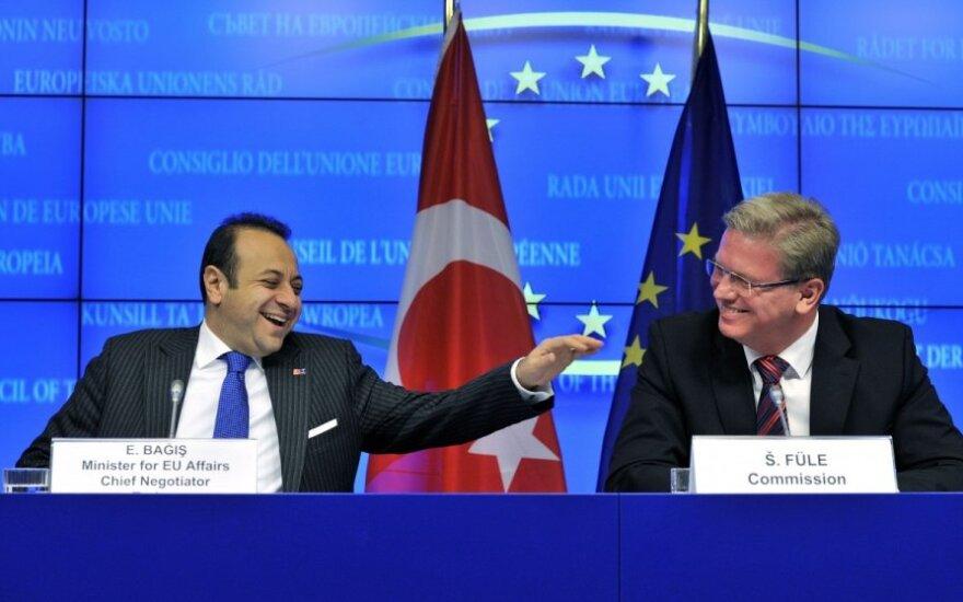 Turkija atnaujino įšaldytas derybas dėl narystės ES