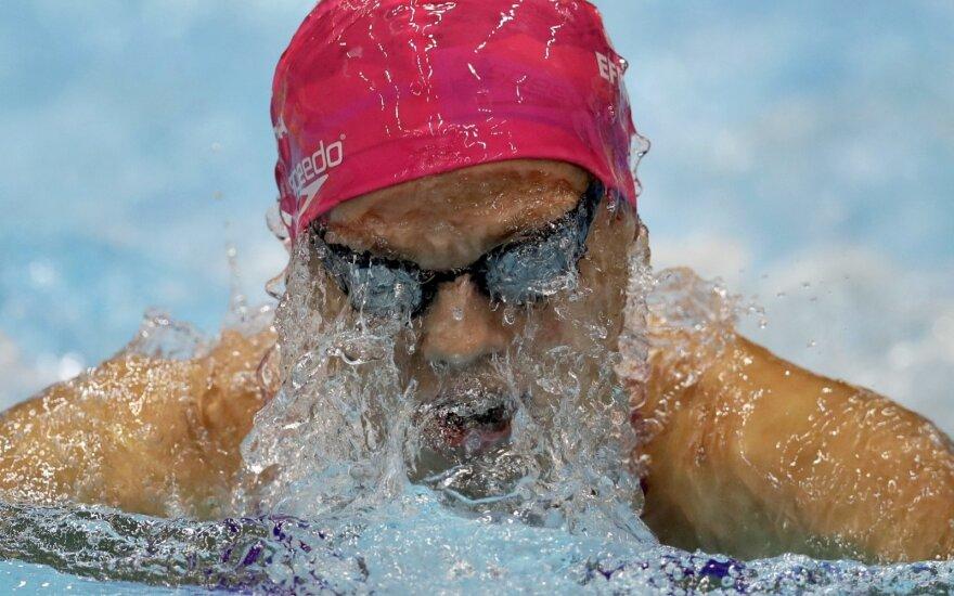 J. Jefimova visose plaukimo krūtine rungtyse Maskvoje iškovojo auksą