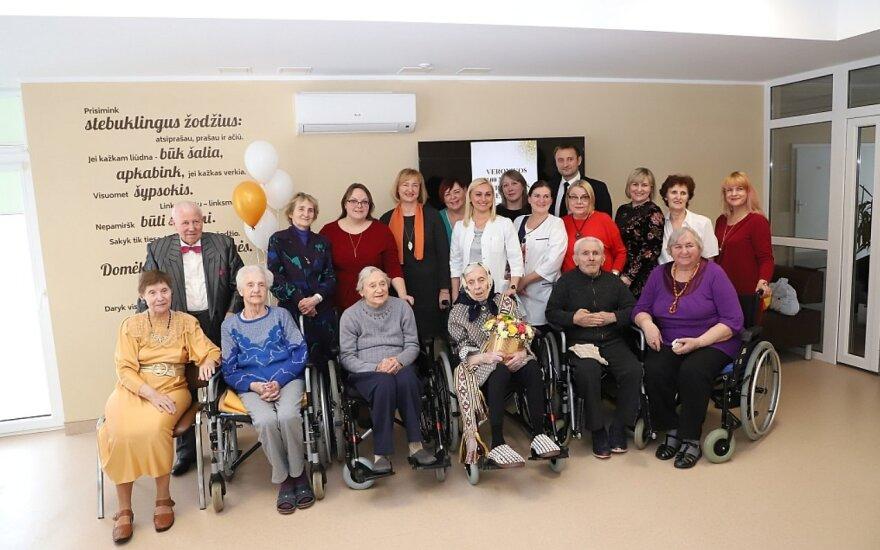 100 metų jubiliejaus šventė Šiaulių miesto savivaldybės globos namuose
