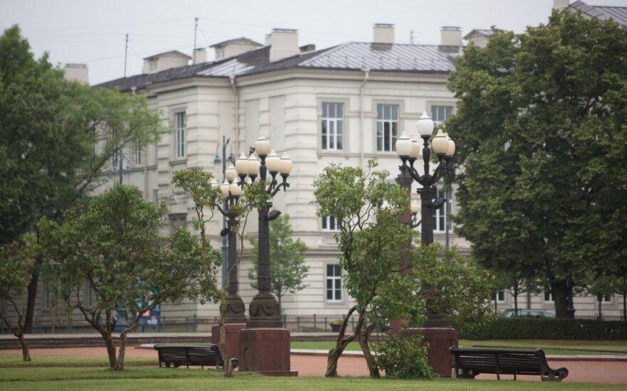Teismas ėmėsi nagrinėti Lukiškių aikštės memorialo konkurso aplinkybes