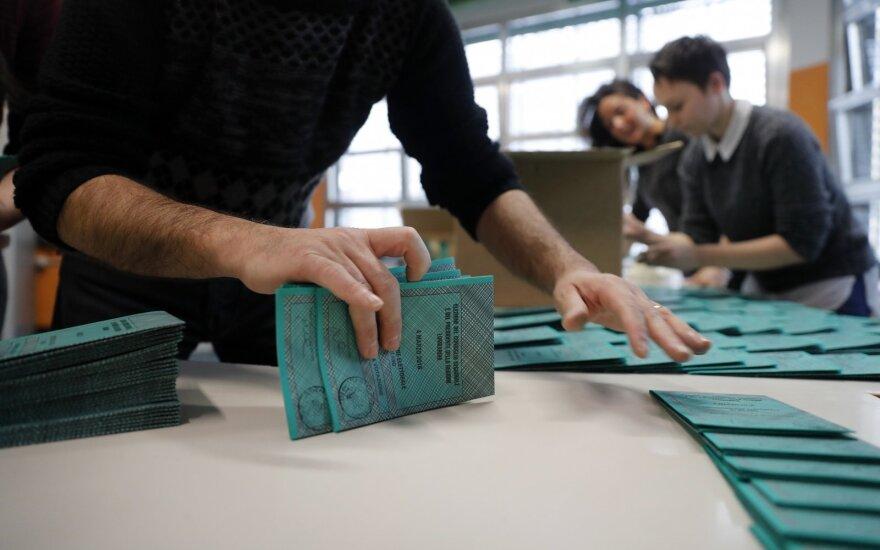 Dviejuose Italijos regionuose vyksta vietos valdžios rinkimai