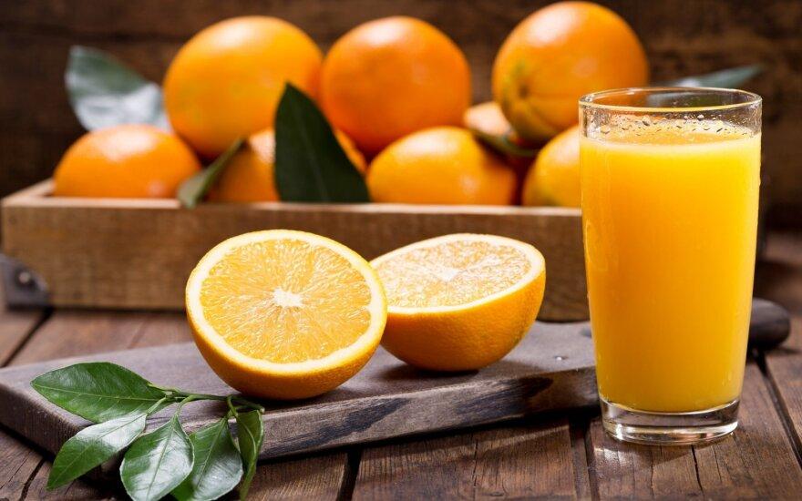 Dietologas atsakė, ar sultys gali sugriauti dietą: patarė, kada jas naudinga gerti, o kada verčiau atsisakyti