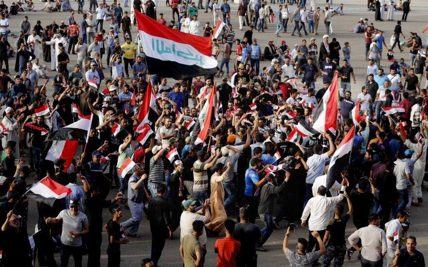 Irake protestuotojai reikalauja paleisti pagrobtą žurnalistę
