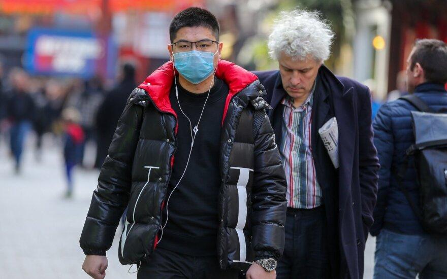 Kinijoje rimstantis koronavirusas kelia galvą Pietų Korėjoje
